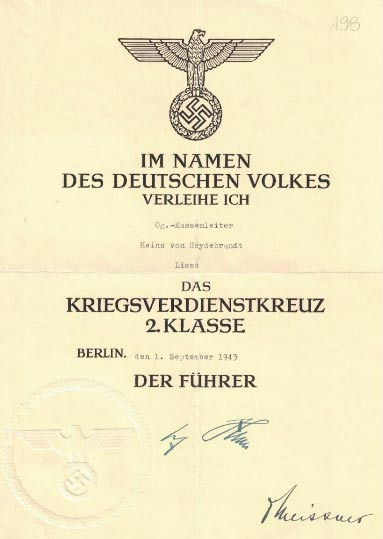 """Fot. 4. Krzyż Zasługi Wojennej dla von Heydebranda. Źródło: I.Z. Dok I –833. Warto zwrócić uwagę, iż nazwisko """"Heydebrand"""" ponownie napisane zostało z błędem."""
