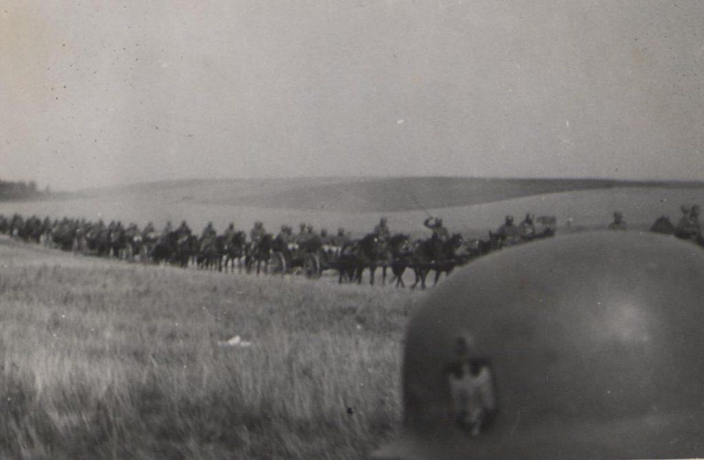 Fot. 3. Wymarsz w kierunku Polski. Źródło: I.Z.Dok. IV-163.